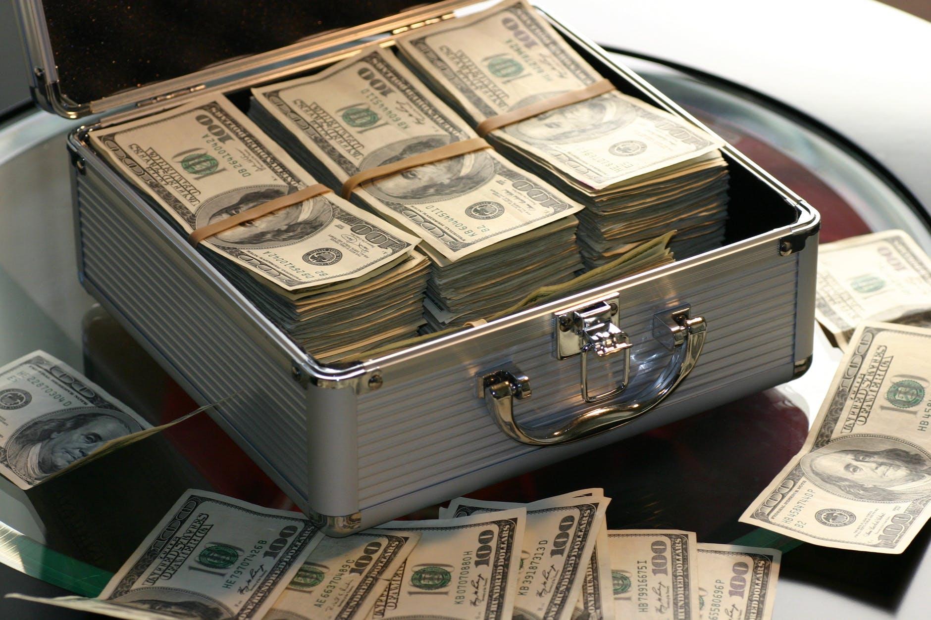 Peníze jako pomocník