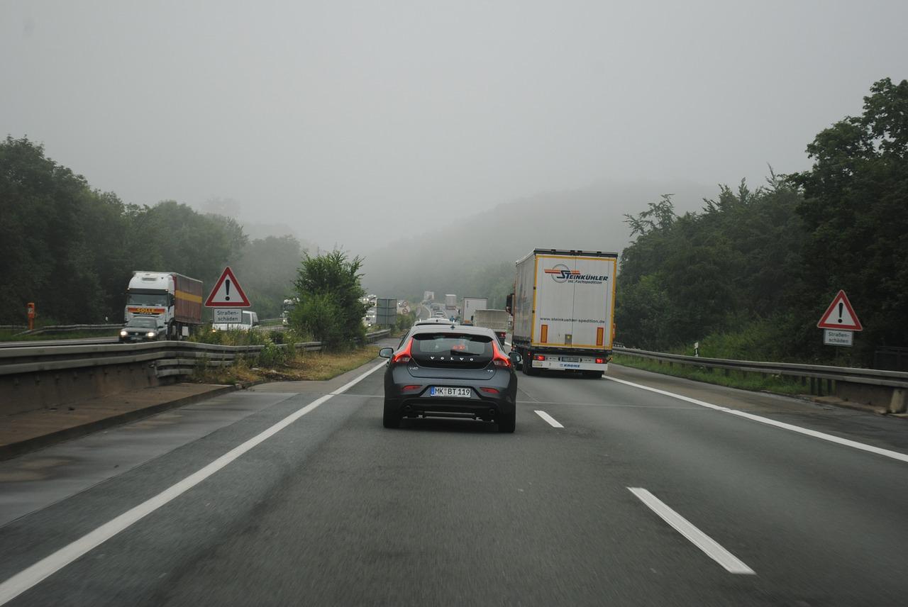 driving-school-397291_1280