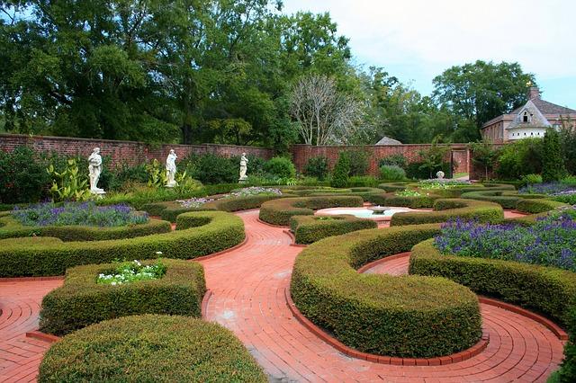 zahrada, sochy